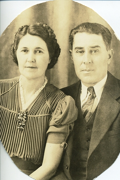 Clare Boatright and Earl Willi Munda