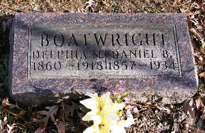 Daniel B. and Delphia Matilda Jennings Boatwright Gravestone: