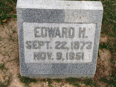 Edward Henderson Boatright Gravestone
