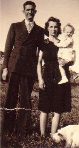 Edwin and Myrtle Boatright with baby Billie Ann