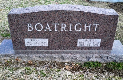 Ewell Arthur and Ruth Ella Yeager Boatright Gravestone