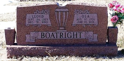 Lloyd L. and Ola B. Blackburn Boatright Gravestone: