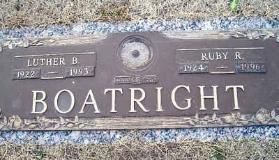 Luther Bradford and Ruby Ruth Darling Boatright Gravestone