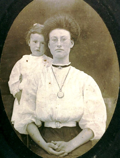 Mary Lee Birdsong Boatright and son Floyd Alexander Boatright