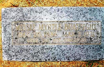 Missie Myrtle Officer Boatright Gravestone: