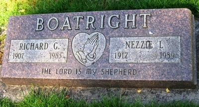 Richard G. and Nezzie Levada Mathis Boatright Gravestone