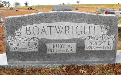 Robert Eric and Ruby A. Boatwright Gravestone