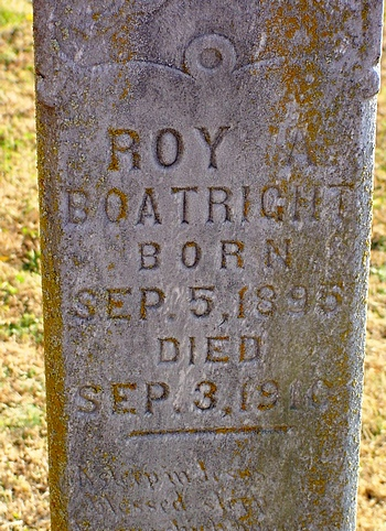 Roy Alvin Boatright Gravestone