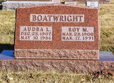 Roy Milton and Audra L. McBroom Boatwright Gravestone