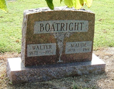 Thomas Walter and Maude Williams Boatright Gravestone