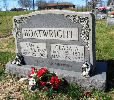 Van Lee and Clara A. Wood Boatwright Gravestone