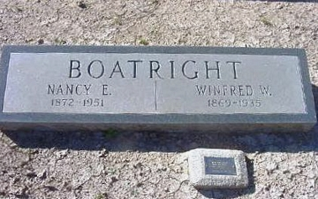 William Winfred Boatright and Nancy Elizabeth Miears Marker